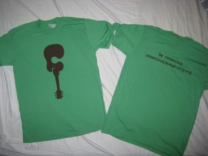 t-shirt in green